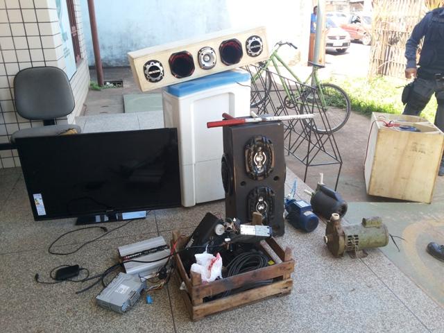 Parte dos objetos furtados de uma residência no Bairro Cidade Nova