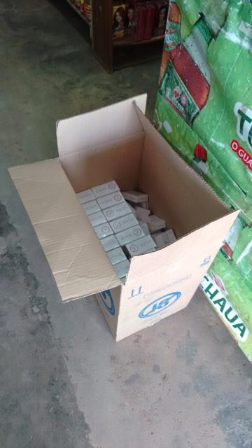 Cigarros recolhidos em mercantil: Foto: Divulgação PF