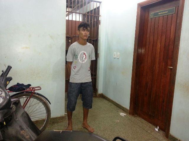 Carlos, de 19 anos, seria o responsável pelas coordenadas, segundo a polícia