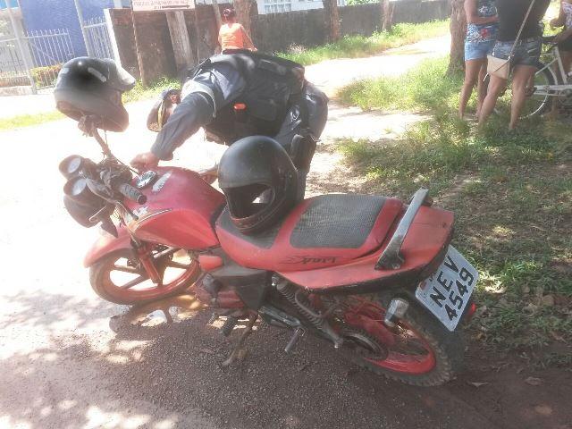 Moto trafegava com placa de um GOL