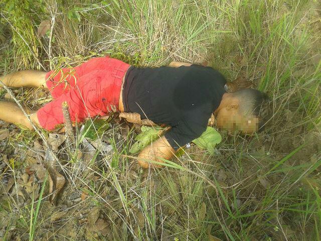 Vítima correu antes de ser morta. Fotos: André Silva