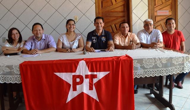 Deputada Marcivânia, Odair Freitas, Isabel Nogueira, Antonio Nogueira, Aurino Gomes, Joel Banha e Richard Duarte. Fotos: Ascom/PT