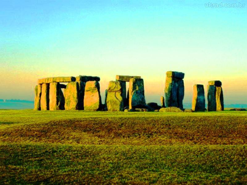 Stonehenge, na Inglaterra: semelhança