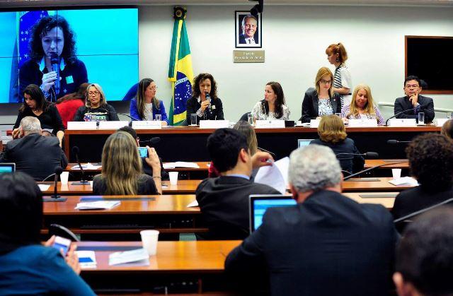 Presidente da Associação Brasileira de Autismo (ABRA), Marisa Furia Silva: faltam técnicos nas escolas