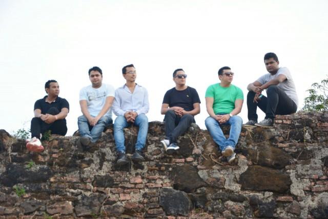 A banda Soul dos III tilha o caminho do sucesso