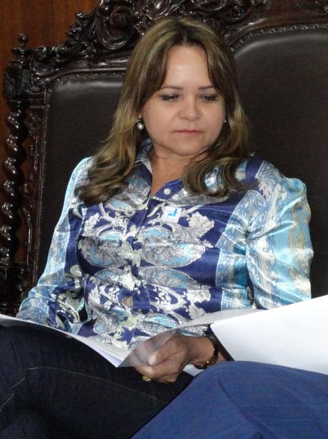 Prefeita Maria Lucimar: não temos força de lei para tributar o pescado, o açaí e o minério