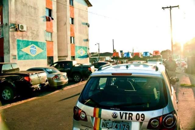 Viatura da Guarda Civil patrulha conjunto de dia, quando o verdadeiro perigo ocorre na madrugada. Fotos enviadas por moradores