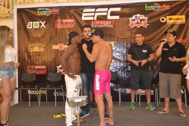 Willian Pitchula e Pablo Tatu se enfrentam em uma das lutas principais do evento. Fotos: André Silva