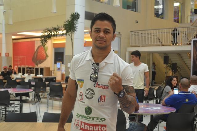 Tiago Trator é um dos atletas do UFC que vieram prestigiar o evento em Macapá