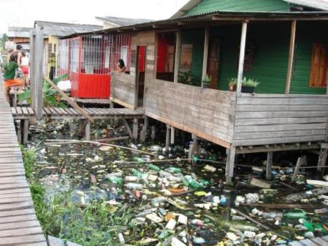 Uma das pesquisas de Bárbara, com impacto social, foi em áreas de ressaca de Macapá