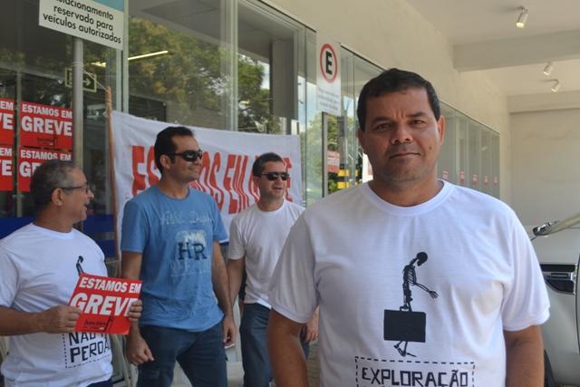 Edson Gomes: reunimos 5 vezes com os patrões, mas não houve acordo. Fotos: André Silva