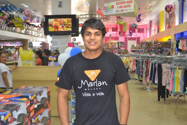 O supervisor de vendas aposta em bater as metas. Fotos: André Silva