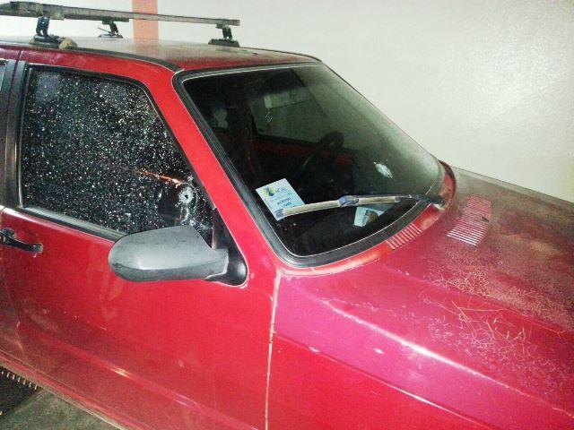 Existe a possibilidade de os bandidos não tere vistoLidiane dentro do carro. Fotos: Jair Zemberg