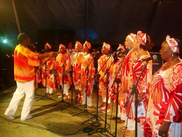 Durante a celebração da Missa dos Quilombos houve a apresentação de grupos quilombolas