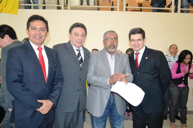 Vice governador Papaléo Paes, com os senadores Paulo Paim e Randolfe Rodrigues e o deputado