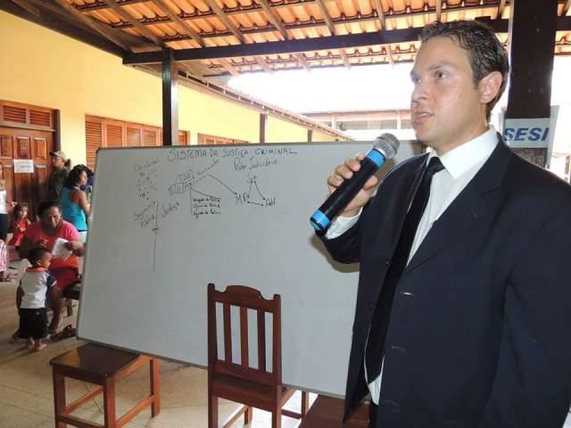 Coordenador do Ciosp de Oiapoque, Fábio Oliveira: aproximar a polícia da população