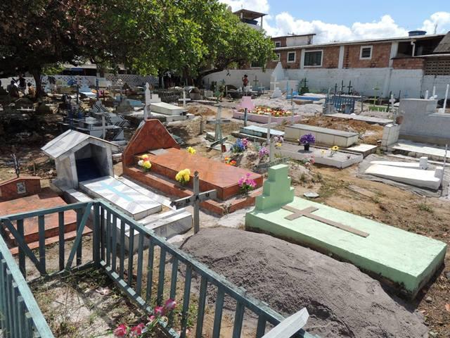 Cemitério está no limite da capacidade