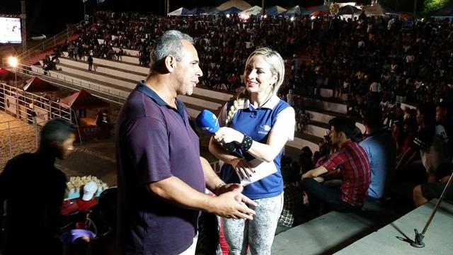 Empresário Reinaldo Lourenço, da RL, é entrevista pela jornalista Luciana Araújo, do Amazon  Sat