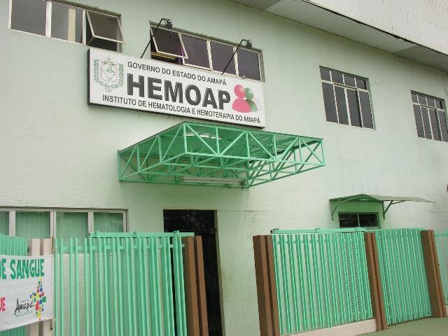 Além dos servidores efetivos, o Hemoap conta com cerca de 50 trabalhadores terceirizados. Fotos: Cássia Lima