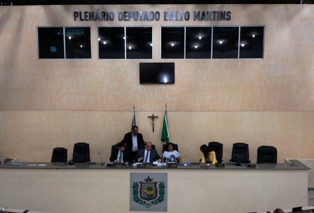 Sessão conduzida pelo presidente em exercício Kaká Barbosa (PT do B)