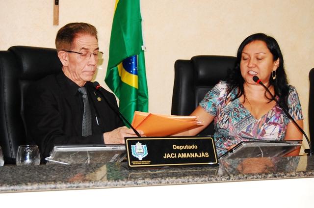 Jaci Amanajás é o relator e a Rosely Matos a presidente. Fotos: Jaciguara Cruz