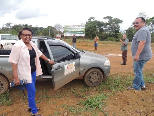 A vice-prefeita de Oiapoque, Maria da Luz, no lançamento do projeto no ano passado: 50 famílias cadastradas e 100 empregos serão gerados