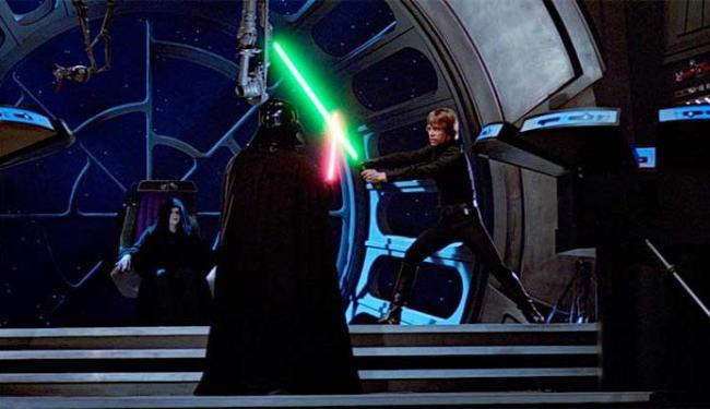 Batalha final entre pai e filho em O Retorno de Jedi, de 1983, Episódio VI