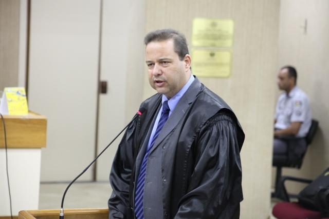 """Advogado de defesa, Maurício Pereira: """"o afastamento não seguiu o rito legal daquela Casa de Leis"""