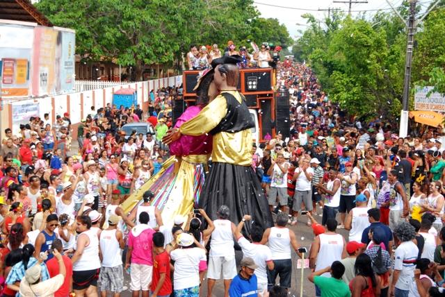 Foliões terão dias nublados para pular carnaval. Foto: André Silva