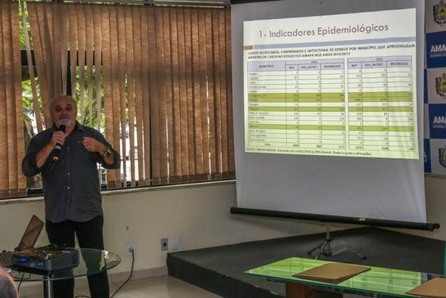 Coordenador de combate à endemias da Sesa, Emanuel Bentes apresentou o plano