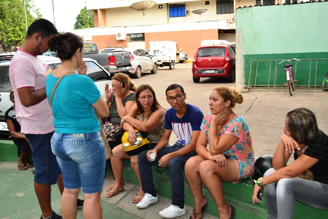 Familiares e amigos de Elisandra consternados com a notícia