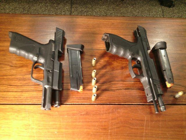 Os bandidos usavam pistolas de uso exclusivo da polícia