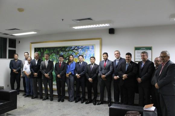 Foto oficial dos representantes do Amapá e da Suframa