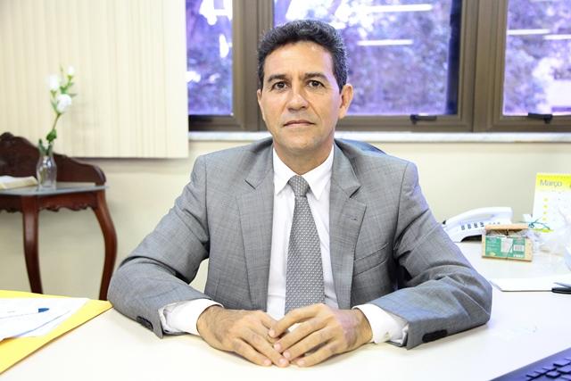 """Desembargador Carmo Antônio: """"Em 25 anos de magistratura nunca tomei decisão para favorecer ninguém"""". Foto: Cássia Lima"""
