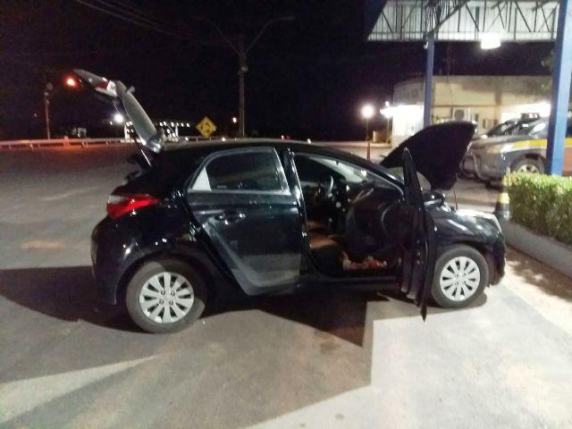 Suposto proprietário apareceu dirigindo um HB20 preto também roubado