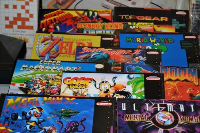 Jogos comprados pela internet. Alguns na caixa original