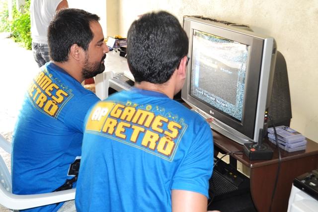 A cada fim de semana o grupo escolhe um vídeo game