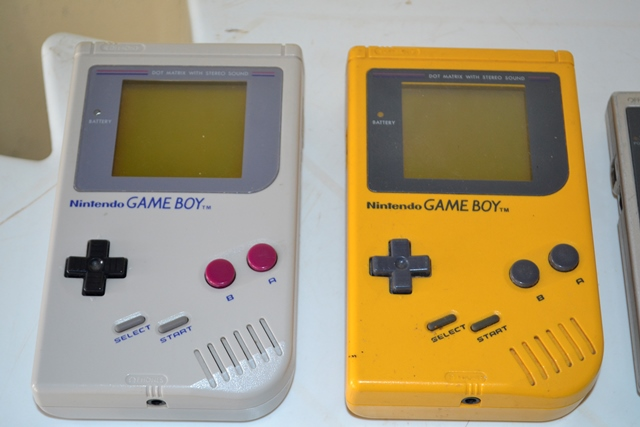 Primeiros modelos da linha Game Boy