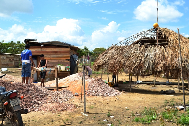 Poço sendo escavado