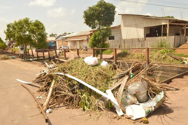 Quase metade do entulho tirado dos canais saiu do Nova Esperança. Foto: PMM