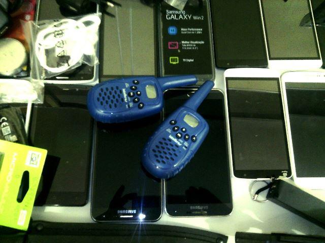 Rádios comunicadores usados pelos criminosos