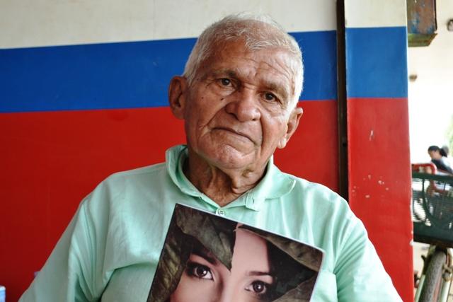 """Simãozinho Sonhador, 63 anos, poeta e escritor """"Falta mais apoio cultural para as artes produzidas aqui na cidade. Se nós artistas fôssemos valorizados, o cenário artístico cultural em Macapá seria mais desenvolvido"""""""