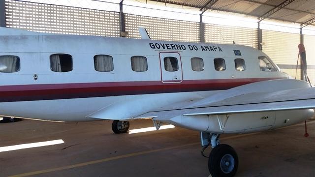 O avião tem capacidade para 12 passageiros. Fotos: Seles Nafes