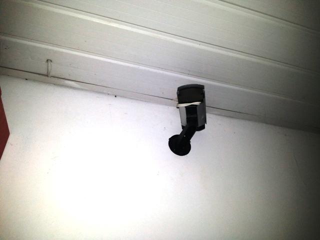 Bandidos viraram as câmeras para dificultar as filmagens