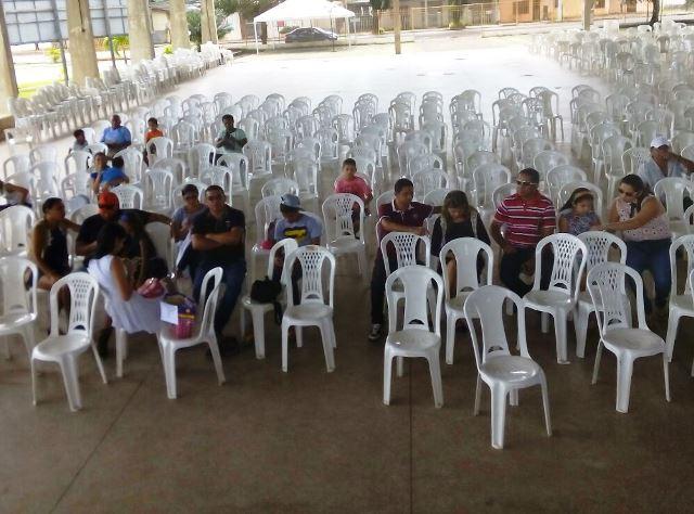 Fãs do programa foram até o local de transmissão para levar doações e testemunhar mudanças de vida. Fotos: Valdo Sales