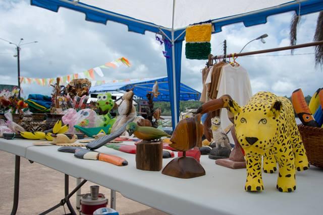 Feira reúne trabalhos de todos os artesãos de Oiapoque