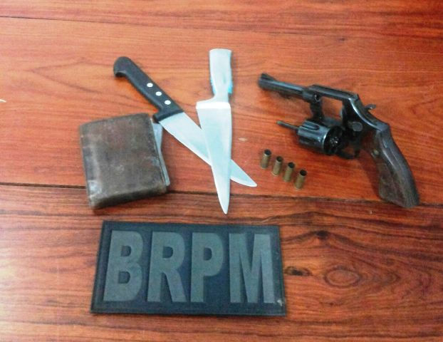 Revólver usado no assalto e contra a polícia