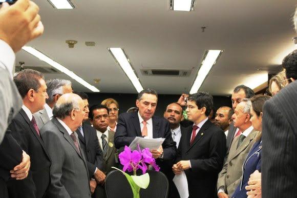 Antes de se decidir, ministro recebeu comitiva do Amapá. Foto: Ascom