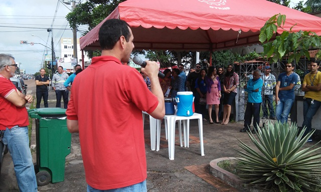 Ato público realizado no dia 7 de abril por servidores da CEA contra as nomeações políticas. Foto: Arquivo