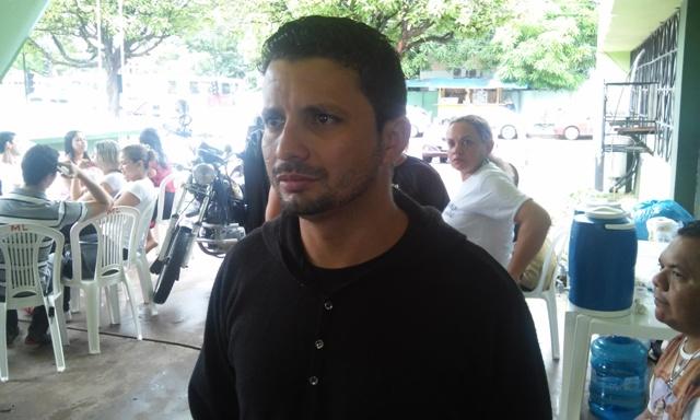 Ismael Cardoso, presidente do Sindsaúde: 150 pacientes para 12 funcionários. Fotos: Cássia Lima